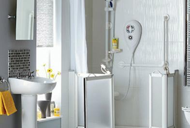 salle de bains pour personne a mobilite reduite poitou charentes